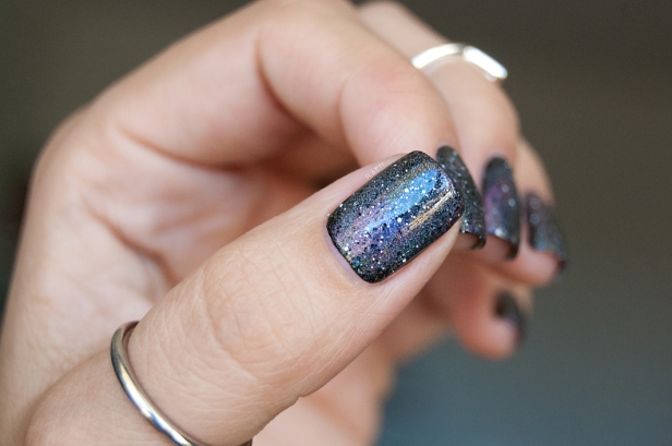 GALAXY NAILS LD_05