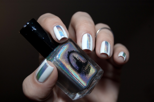 WHITE AND HOLO STRIPE LD_03