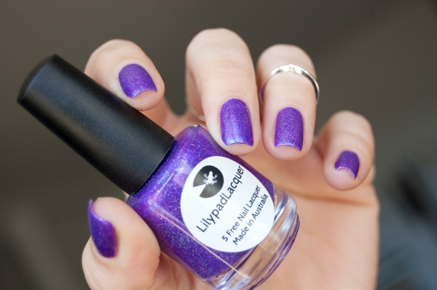 LILYPAD LACQUER YOU GOT MY ATTENTION LD_01