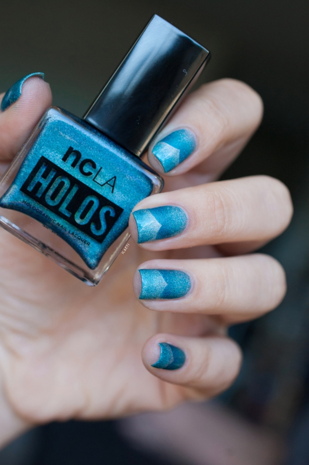 TEAL SCALED GRADIENT LD_06