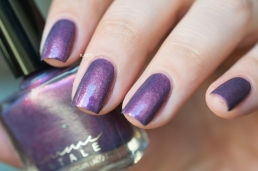 FEMME FATALE COSMETICS_HER IMPERIAL MAJESTY_LD_05