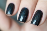 Lilypad Lacquer_Out in space_Black hole_05