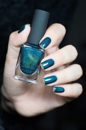 ILNP_Winter 2015_Sweater weather_03