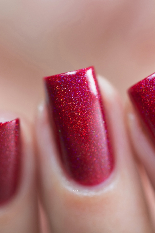 Cirque Colors_Holiday 2015_Madder_01