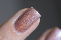 Glam Polish_Love Marilyn_Gentlemen prefer blondes_06
