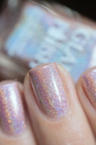 Glam Polish_Love Marilyn_Gentlemen prefer blondes_07