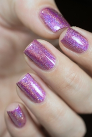 Glam Polish_Love Marilyn_How to marry a millionaire_05