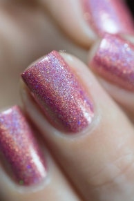 Glam Polish_Love Marilyn_Some like it hot_03
