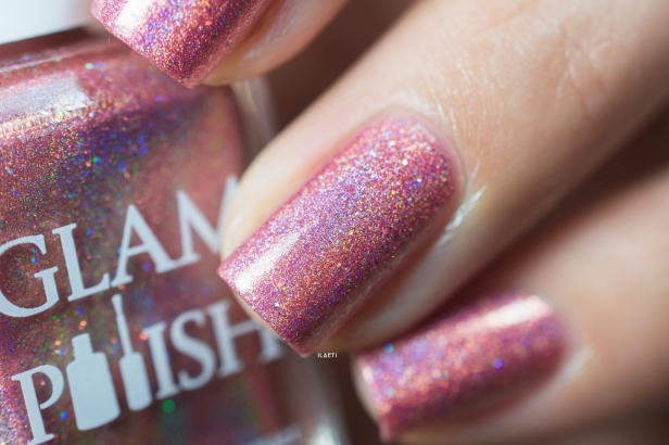 Glam Polish_Love Marilyn_Some like it hot_04