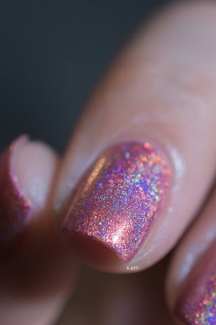 Glam Polish_Love Marilyn_Some like it hot_06