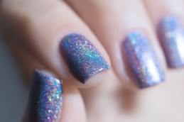Glam Polish_Love Marilyn_The prince and the showgirl_03