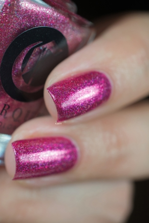 Cirque Colors_Speckled and sparkled_The sparkles_Besos_06
