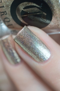 Cirque Colors_Speckled and sparkled_The sparkles_Cin Cin_03