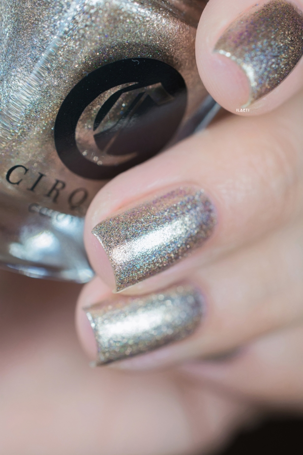Cirque Colors_Speckled and sparkled_The sparkles_Cin Cin_05