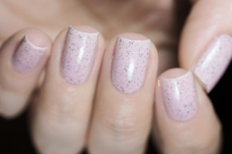 Cirque Colors_Speckled and sparkled_The speckles_Astra_05