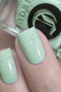 Cirque Colors_Speckled and sparkled_The speckles_Mint chip_01