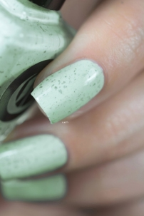 Cirque Colors_Speckled and sparkled_The speckles_Mint chip_06