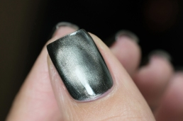 Bow Polish_Magnetic_Surrender_02