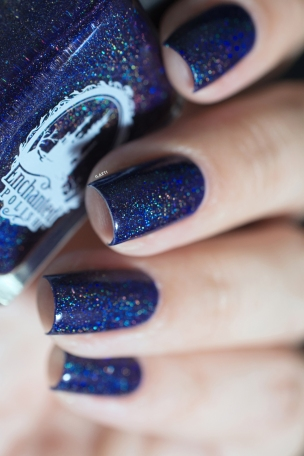 Enchanted Polish_Iparallaxe collaboration shade_Desert night sky_15