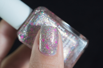 Glam Polish_Friendship is sparkly part 2_Keep calm and flutter on_01