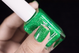 Glam Polish_Coven collection_Zelena_02