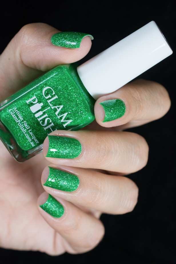 Glam Polish_Coven collection_Zelena_05