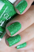 Glam Polish_Coven collection_Zelena_07