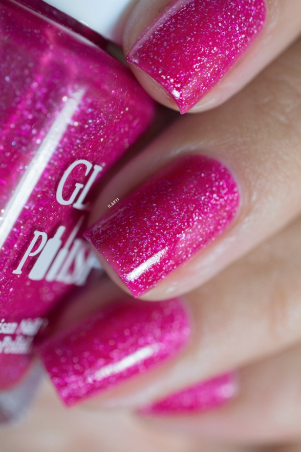 Glam Polish_The King collection part 2_Heart of Graceland_04