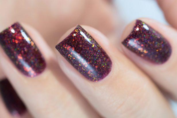 enchanted-polish_opal-winter-trio_black-cherry-opal_002