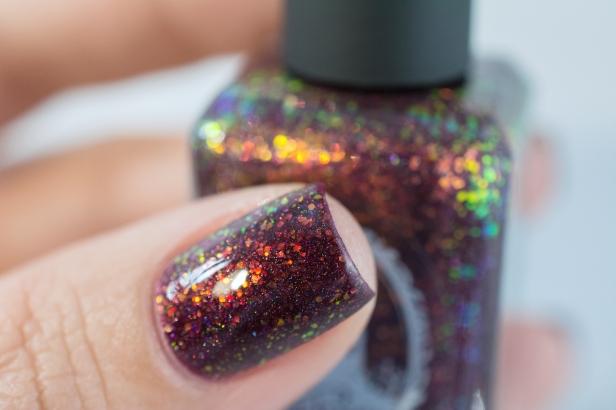 enchanted-polish_opal-winter-trio_black-cherry-opal_005