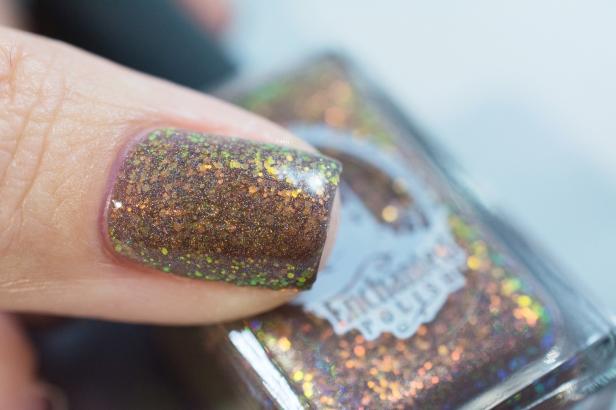 enchanted-polish_opal-winter-trio_gingerbread-opal-latte_007