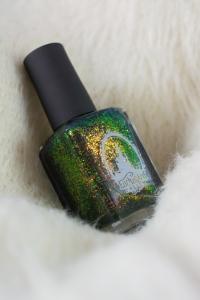 enchanted-polish_opal-winter-trio_pre-lit-opal-tree_001