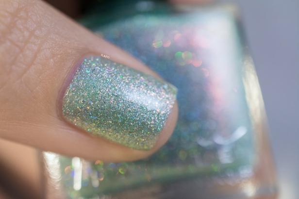 femme-fatale_glittering-draught_02