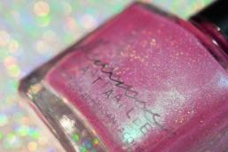 Femme Fatale Cosmetics_Neon Demon_Kissing reflexions_01