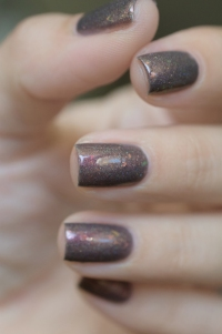 Femme Fatale_Collaboration Fashionpolish The oxymora_Shadow radiance_06