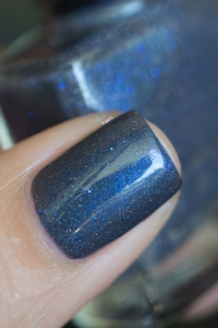 Femme Fatale_Collaboration Glitterfingersss Things to love trio_Aquatic_03
