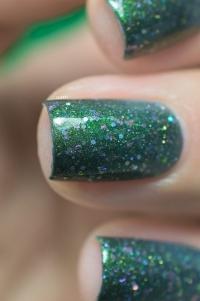 Femme Fatale_Collaboration Glitterfingersss Things to love trio_Aurora Borealis_03