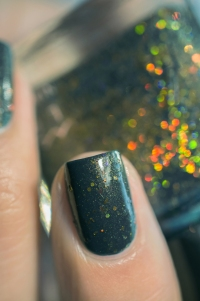 Femme Fatale_Collaboration Glitterfingersss Things to love trio_Colour crush_06