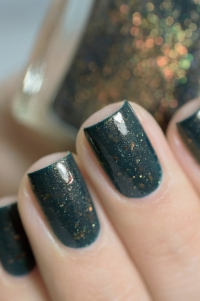 Femme Fatale_Collaboration Glitterfingersss Things to love trio_Colour crush_07