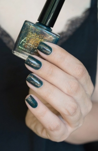 Femme Fatale_Collaboration Glitterfingersss Things to love trio_Colour crush_09