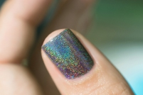 ILNP_Fall 2017 Ultra Holos_Sticks and Stones_09