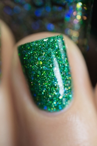 Live Love Polish_Holographic Glitters_After Hours_06