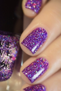 Live Love Polish_Holographic Glitters_Happy Hour_06