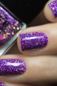 Live Love Polish_Holographic Glitters_Happy Hour_08