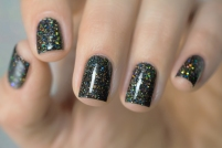 Live Love Polish_Holographic Glitters_Last Call_05