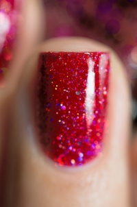 Live Love Polish_Holographic Glitters_Sangria_08